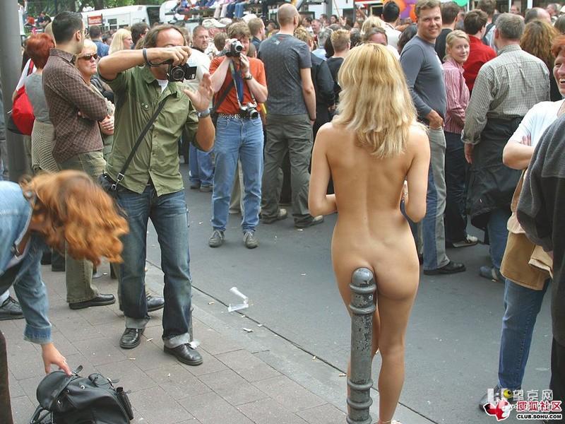 发个没穿衣服的女模特上来 要看的赶紧了